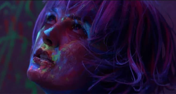 Watch Anna Renee In Addicted To Heartbreak