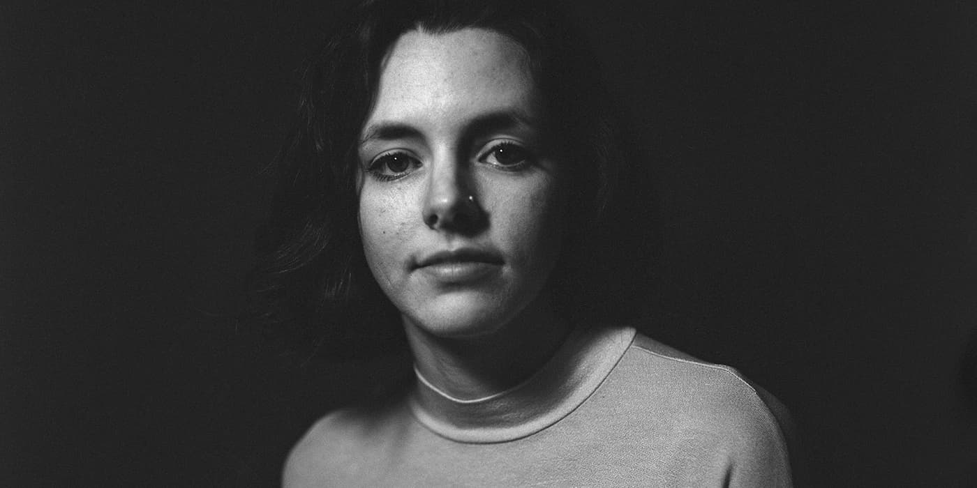 Premiere Lindsay Foote Announces EP & Shares Silence