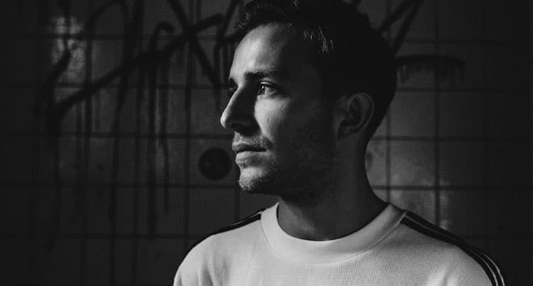 Watch Niklas Ibach Remixes The Loft Clubs Heart's Desire