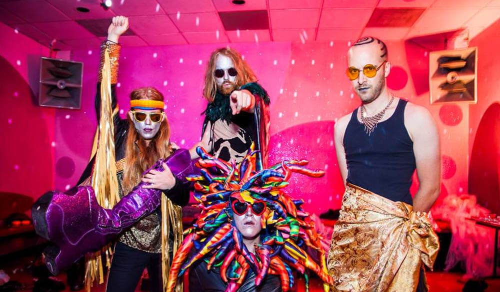 The Gold Web Cult Have An Acid Dance Party In The Emperor