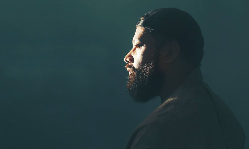 Noah Slee Gives Stayed The Cinematic Treatment