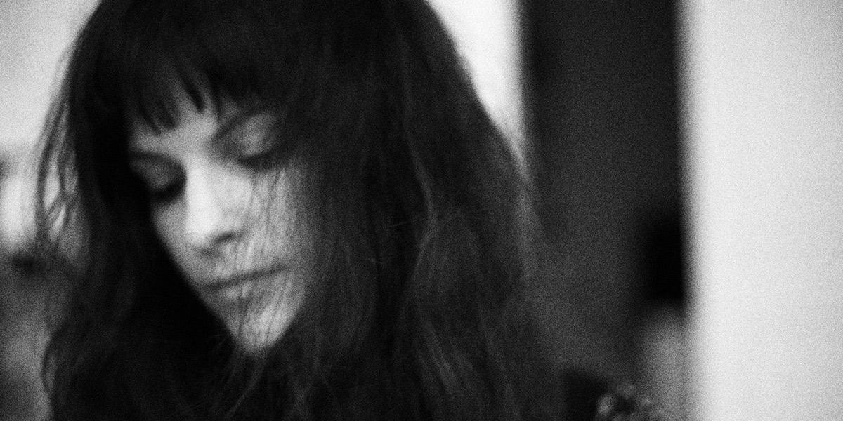 Filiah Announces New Album & Shares Intimate Goodbye
